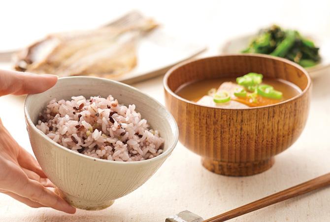 穀物満彩(穀物ブレンド)と和の食卓