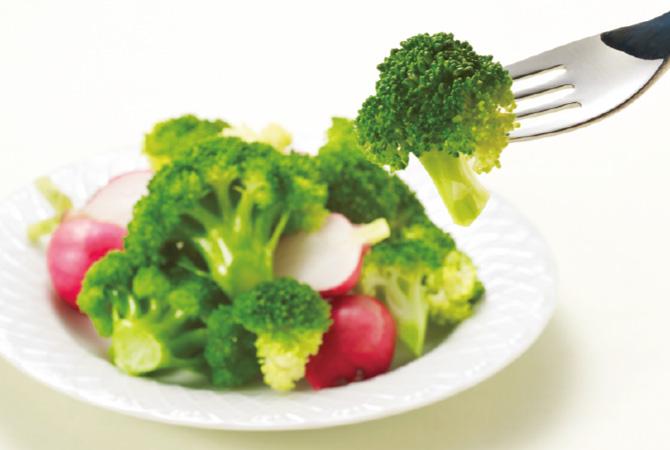 サラダやシチュー、煮込み料理など、毎日の食卓に欠かせませんが、その魅力は彩りだけではありません。