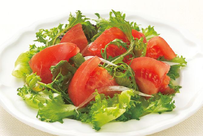 春トマトのサラダ
