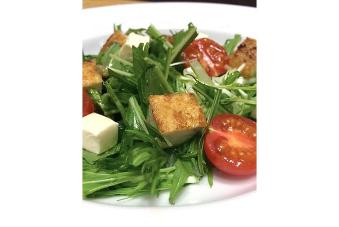 水菜と厚揚げのサラダ