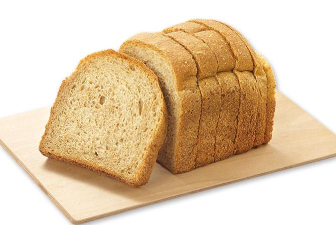 大地宅配の「ブランパン」は食品添加物不使用で、国産素材そのものの味を楽しめます。