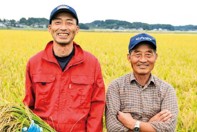 蕪栗米生産組合の千葉孝志さん(写真右)