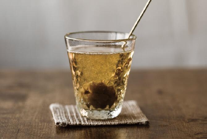 「原液」を炭酸水で割って、さわやかジュース