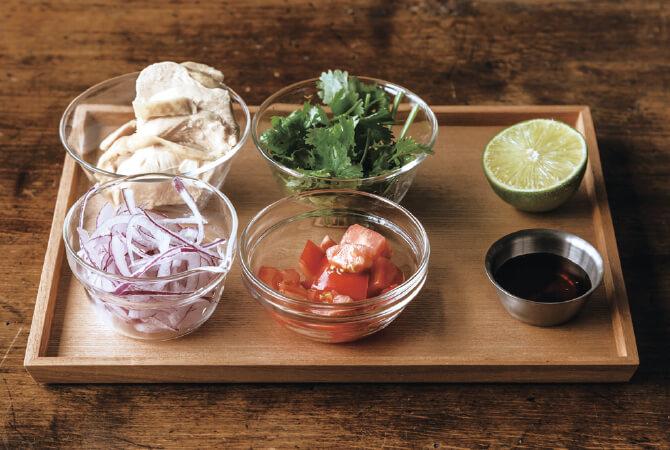 エスニック鶏麺の具