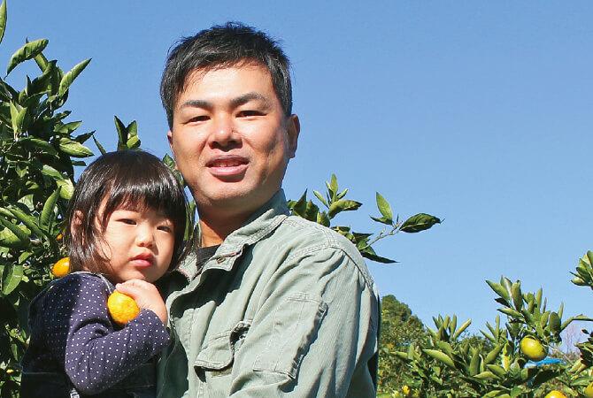 和歌山県海南市 川端敬グループ 川端宏幸さん(右)と娘のみず希ちゃん(左)