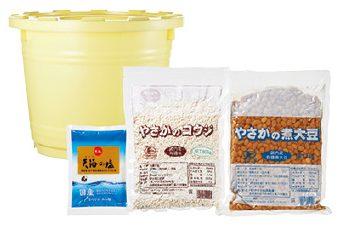 大地を守る会の『有機大豆の味噌作りセット(容器付)』