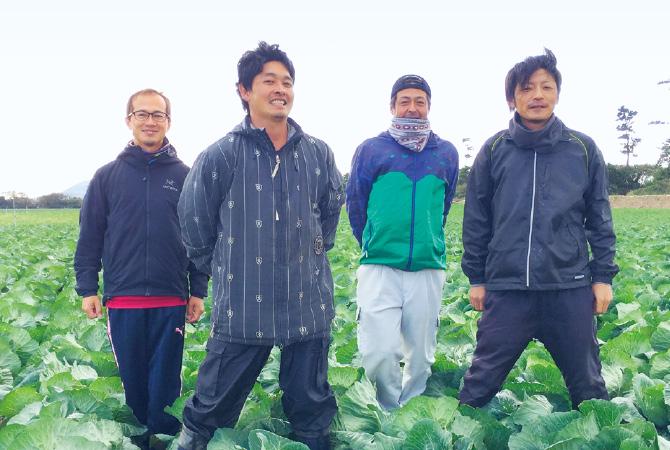 天恵グループの津田卓巳と仲間たち