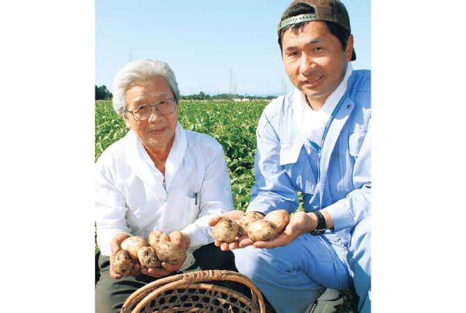 北海道江別市 金井修一さん(右)と父親の正さん