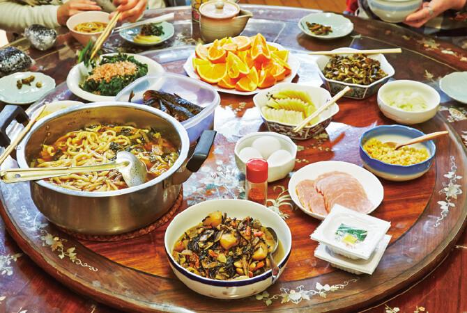買ったものは納豆とハムと果物だけという~戸村 剛英さんのいちご農家の昼ごはん~