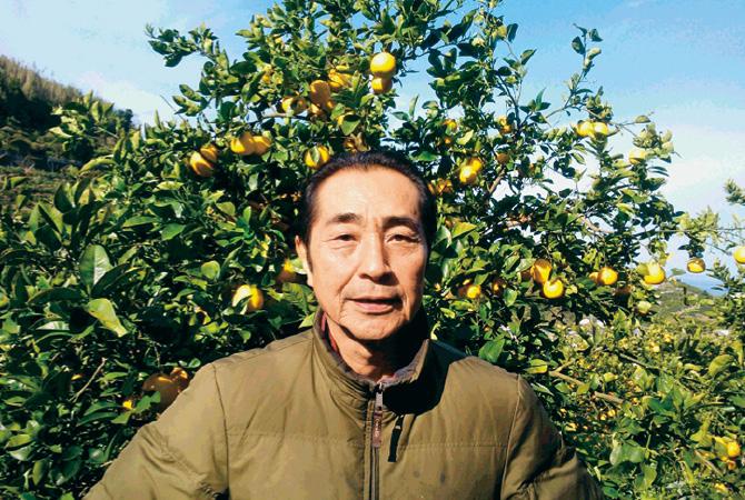 『果汁を食べる河内晩柑』の生産者、熊本県熊本市 ブレス 東 勝徳さん