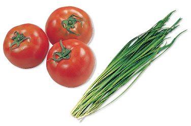 大地を守る会の『有機・シャキシャキ香りにら・100g&水切り栽培のうま夏トマト・400g』