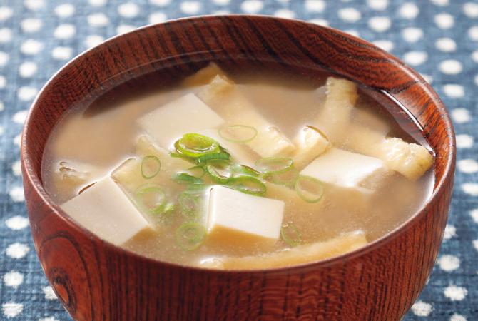 お味噌汁 イメージ写真