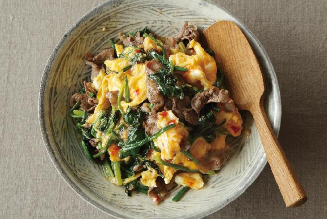 牛肉と青菜のエスニック風卵炒め