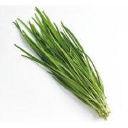 ニラ栽培で一番こだわっているのは、堆肥と米ぬかを使った土作り。