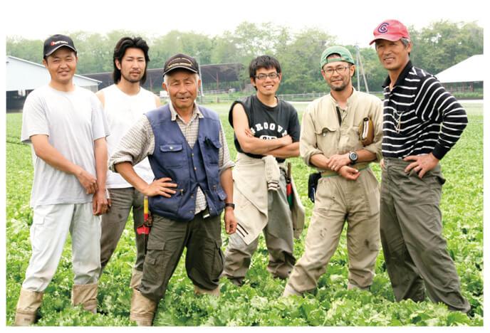 レタス生産者、群馬県吾妻郡 北軽井沢有機ファミリーの皆さん