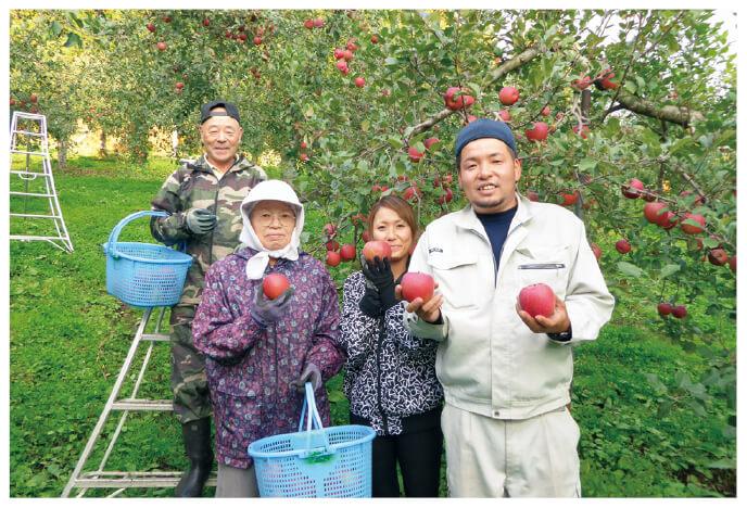 つがる(早生りんご)の生産者、青森県黒石市 新農業研究会 山形裕介さんご家族