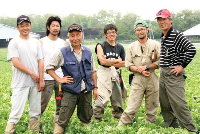 白菜の生産者、群馬県長野原町 北軽井沢有機ファミリーの皆さん
