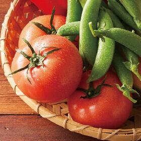 夏も真っただ中の、大地を守る会の「トマト」